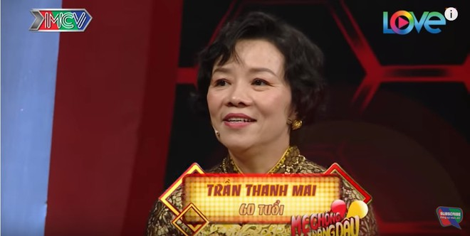 Mẹ chồng dạy con dâu mặc đồ ngủ sexy và chiều chồng khiến MC Quyền Linh 'bái' sư phụ - Ảnh 1.