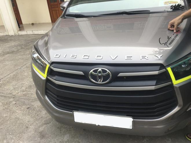 Tại sao tài xế Việt hay dán dòng chữ DISCOVERY lên xế hộp của mình? - Ảnh 6.