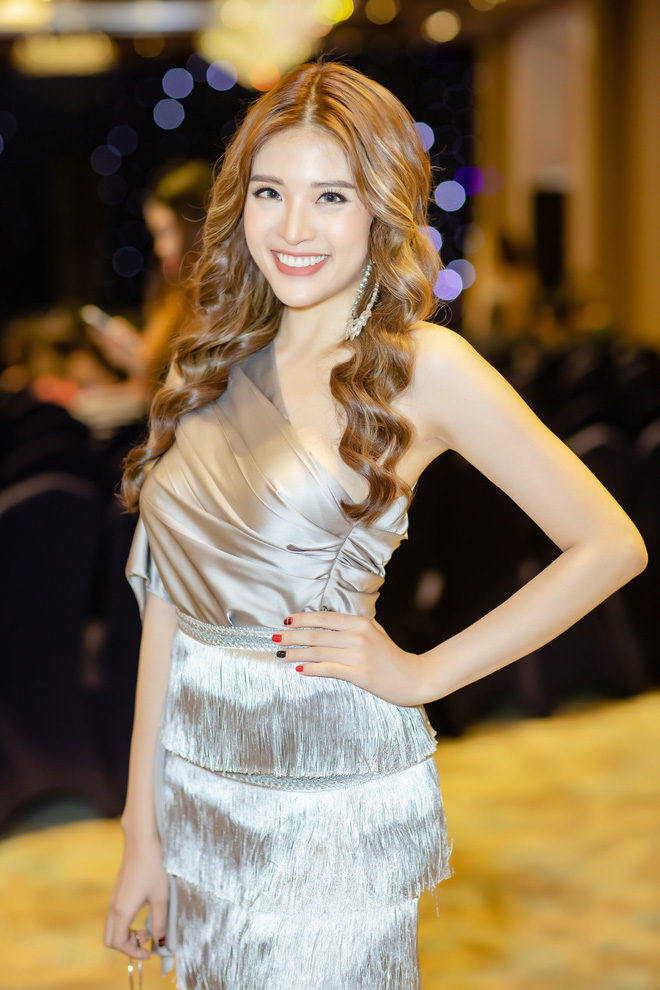 Hoa hậu Phan Hoàng Thu tỏ tình với thủ môn Lâm Tây: Tôi không ngại những lời đám tiếu - Ảnh 2.