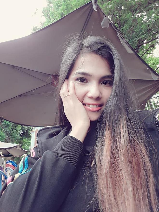 Để tóc dài và nữ tính, nhan sắc em gái hoa hậu HHen Niê gây chú ý - Ảnh 2.