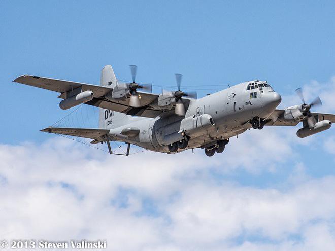 Mỹ đưa máy bay có khả năng chọc mù đối phương đến sát Triều Tiên - Ảnh 2.