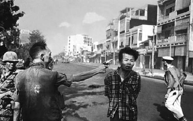 Đi tìm tung tích chiến sỹ biệt động bị Nguyễn Ngọc Loan bắn giữa phố trong bức ảnh gây sốc thế giới - Ảnh 2.