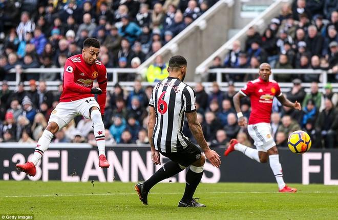 Cái dớp ghê gớm của Mourinho và Sanchez hạ sát Man United đớn đau - Ảnh 5.