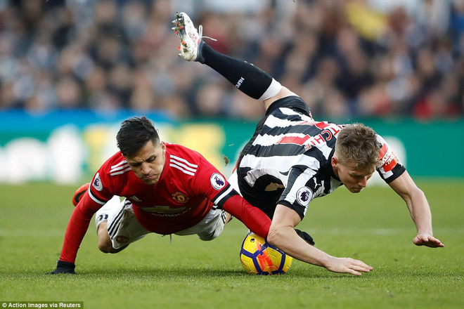 Cái dớp ghê gớm của Mourinho và Sanchez hạ sát Man United đớn đau - Ảnh 11.