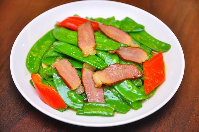 Món ăn tối tất niên của người Trung Quốc: Vì sao ưu tiên màu sắc, hương vị và sự cân bằng? - Ảnh 6.