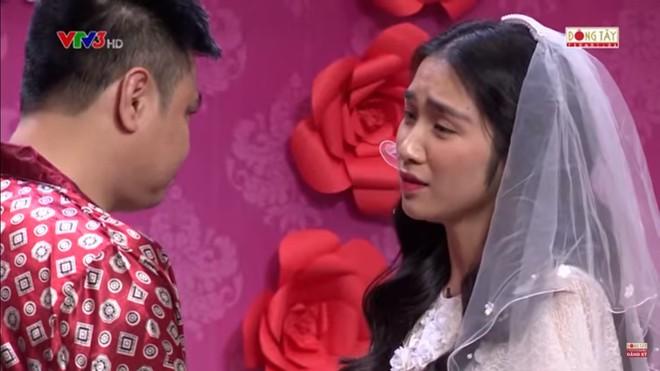 Hòa Minzy bật khóc khi bị nhắc về quá khứ với Công Phượng  - Ảnh 6.