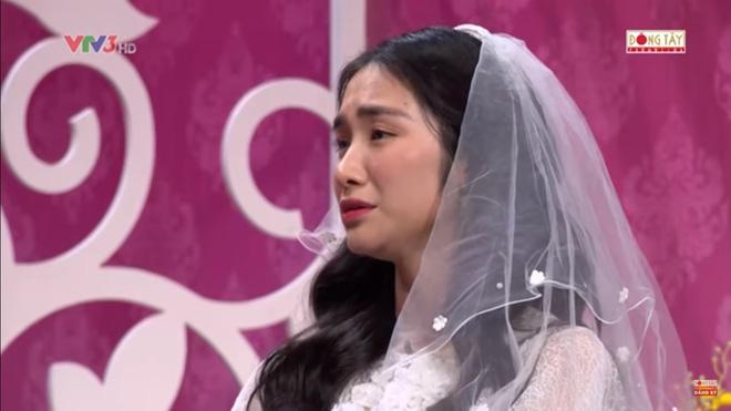 Hòa Minzy bật khóc khi bị nhắc về quá khứ với Công Phượng  - Ảnh 5.