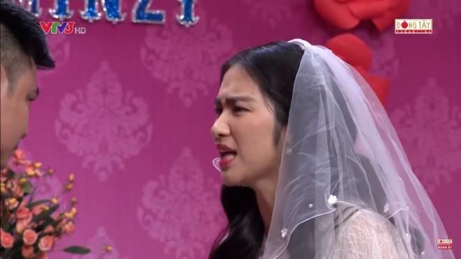 Hòa Minzy bật khóc khi bị nhắc về quá khứ với Công Phượng  - Ảnh 7.
