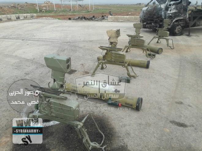Quân đội Syria thu giữ lượng vũ khí sát thủ khổng lồ của IS: Nga, Mỹ đủ cả - Ảnh 2.