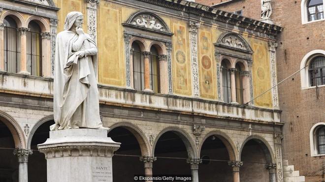 Tại sao người ta gọi tiếng Ý là ngôn ngữ của tình yêu? Mọi chuyện đều có lý do - Ảnh 3.