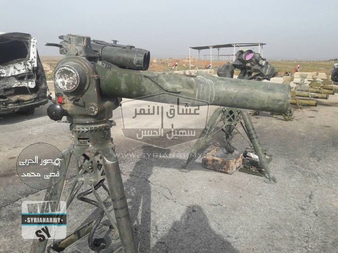 Quân đội Syria thu giữ lượng vũ khí sát thủ khổng lồ của IS: Nga, Mỹ đủ cả - Ảnh 4.