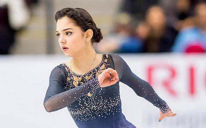 """""""Bông hồng Nga"""" Medvedeva phá kỷ lục thế giới ở Olympic mùa đông"""
