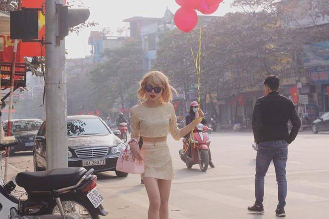 Xuất hiện trên đường phố, chàng trai khiến nhiều người giật mình vì tưởng là Taylor Swift - Ảnh 5.