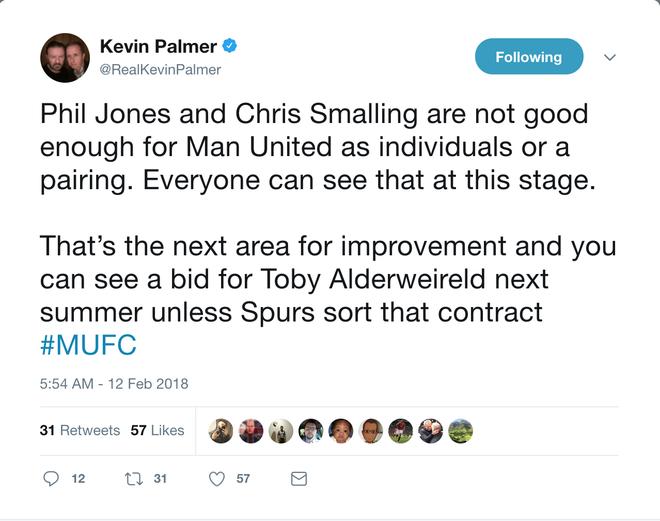 Phil Jones và Chris Smalling là cặp trung vệ 'thảm hoạ' của M.U - Ảnh 6.