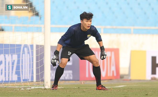 Được trọng dụng ở AFC Cup, Bùi Tiến Dũng vẫn sẽ phải nhận