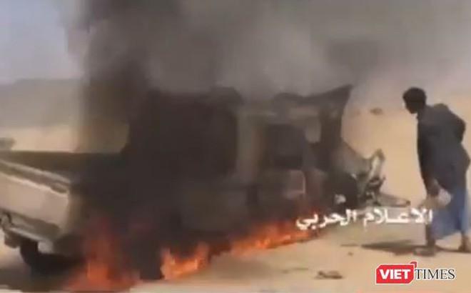 Houthi tấn công diệt xe quân sự liên quân Arab Saudi
