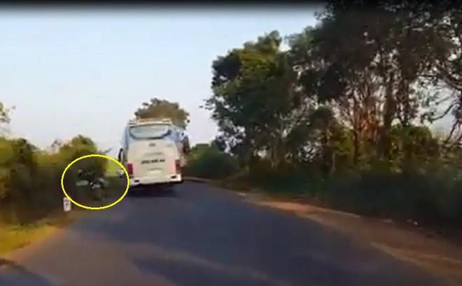 Xe khách lấn làn gây tai nạn, tài xế bỏ mặc nạn nhân: Đại diện nhà xe thông tin bất ngờ