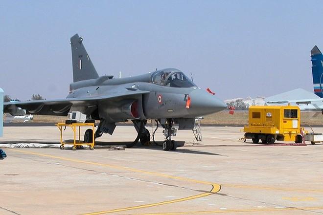 Ảnh: Hỏa lực đáng gờm của máy bay tiêm kích đa nhiệm Ấn Độ Tejas - Ảnh 1.