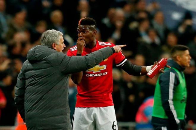 Pogba đang mắc kẹt ở M.U vì sự bảo thủ của Mourinho - Ảnh 1.