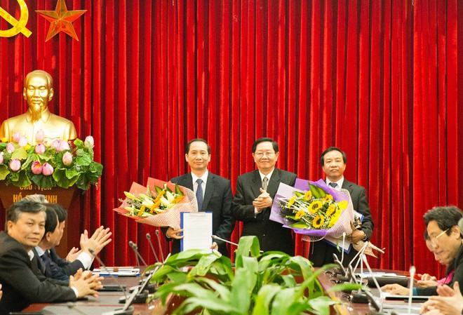 Bộ GD&ĐT, Bộ Nội vụ bổ nhiệm nhân sự mới - Ảnh 1.