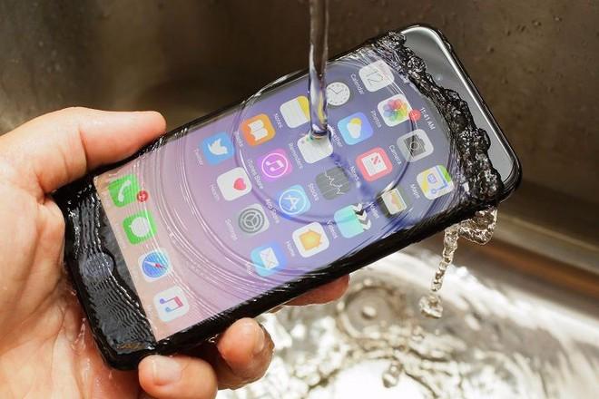 Tại sao điện thoại pin liền lại tốt hơn pin rời? - Ảnh 6.