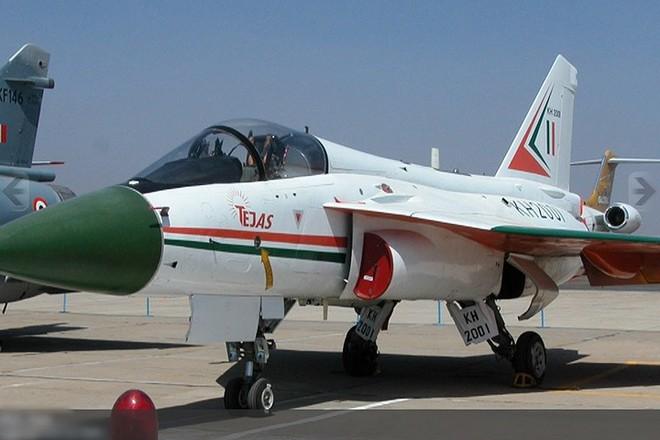Ảnh: Hỏa lực đáng gờm của máy bay tiêm kích đa nhiệm Ấn Độ Tejas - Ảnh 6.