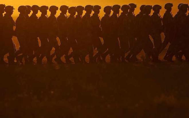 Chế độ nghĩa vụ quân sự đã làm suy yếu quân đội Trung Quốc như thế nào?