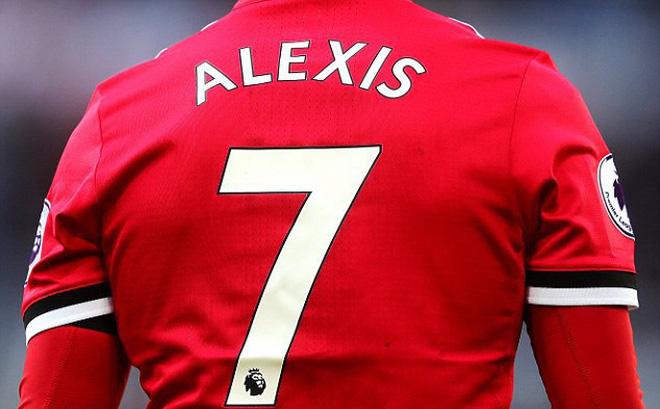 Ở một mặt trận khác, Sanchez vừa giúp Man United thống trị bảng xếp hạng