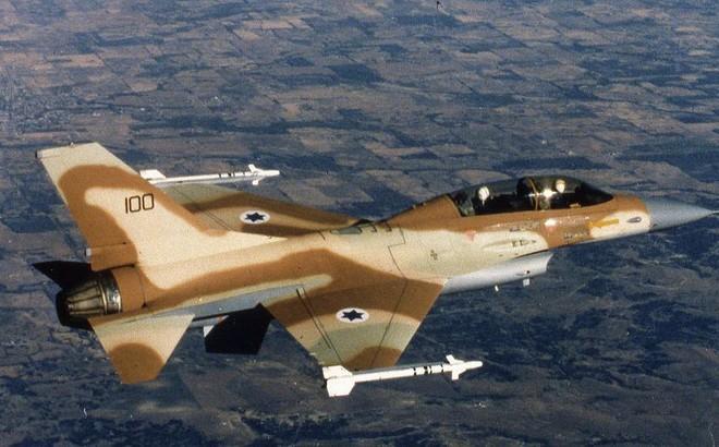 """Tên lửa Syria """"phục kích"""" bắn hạ F-16 Israel?"""