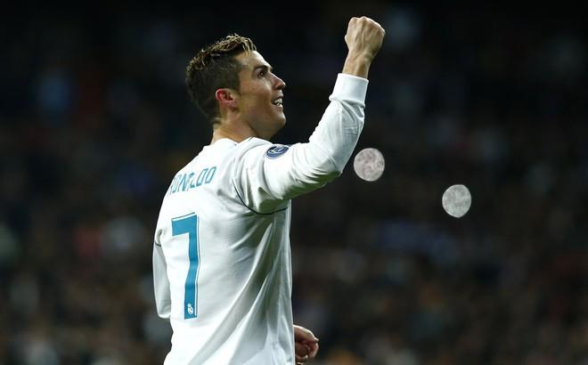 Hạ gục PSG, Ronaldo lập kỷ lục khiến Messi phải thèm muốn, thế giới thán phục