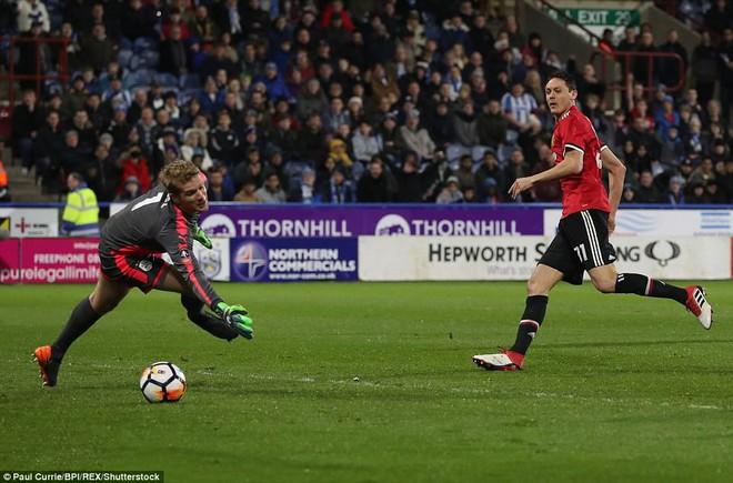 Mourinho nuốt lời vụ Pogba, Lukaku nổ súng đưa Man United trở lại - Ảnh 14.