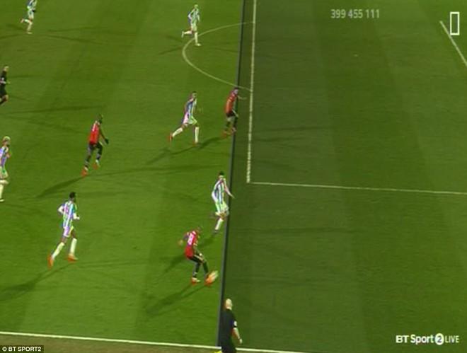 Mourinho nuốt lời vụ Pogba, Lukaku nổ súng đưa Man United trở lại - Ảnh 16.