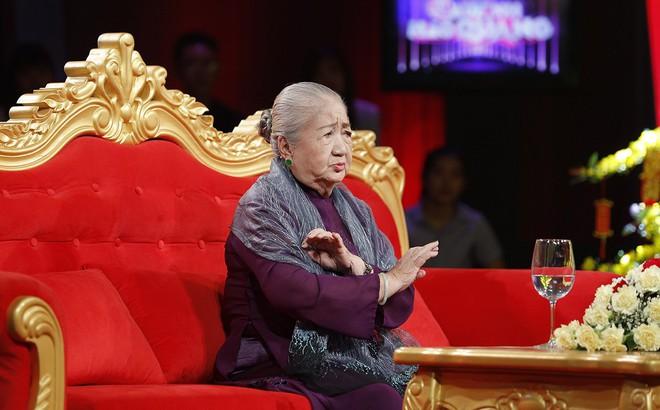 Cuộc đời bi kịch của nghệ sĩ Thiên Kim: Một mình nuôi 5 con, về già phải ở viện dưỡng lão