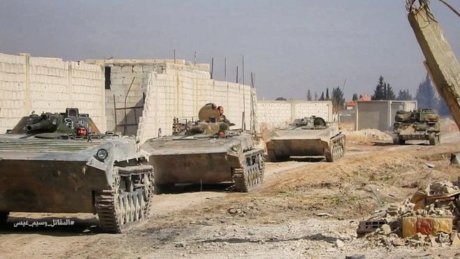 Nga-Syria mừng tuổi phiến quân bằng tất cả các loại hỏa lực ở đông Damascus: Chưa từng có - Ảnh 4.