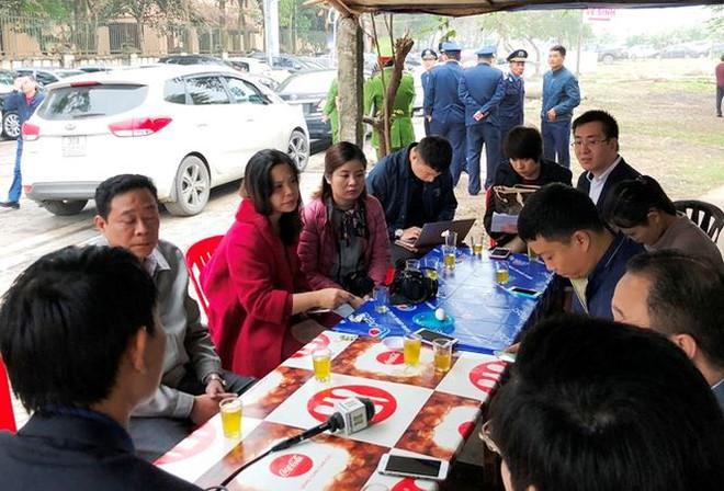 Kiểm tra đột xuất, phát hiện nhiều bãi trông xe chặt chém ở Hà Nội - Ảnh 4.
