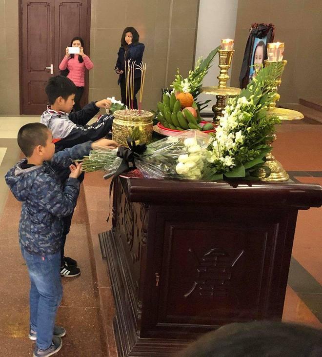 Xúc động lễ tang bé gái 7 tuổi hiến giác mạc sau khi qua đời - Ảnh 4.