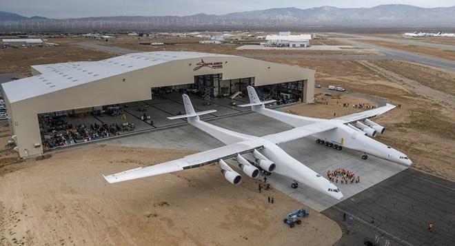 Máy bay vô địch về kích cỡ trên Thế giới đã có bước tiến đột phá - Ảnh 1.