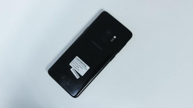 [Ảnh] Trên tay Galaxy S9 đầu tiên ở Việt Nam - Ảnh 10.