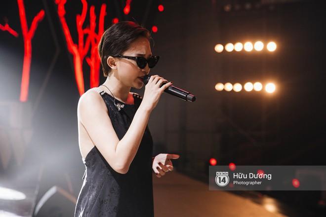 NÓNG trước giờ G: Tóc Tiên, Soobin Hoàng Sơn, Bảo Anh gấp rút tập luyện cho Gala WeChoice Awards 2017 - Ảnh 3.