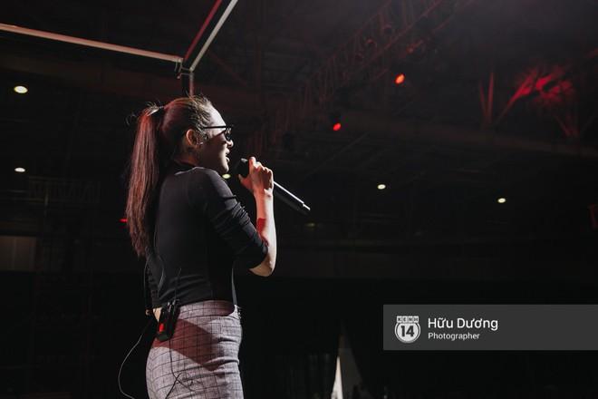 NÓNG trước giờ G: Tóc Tiên, Soobin Hoàng Sơn, Bảo Anh gấp rút tập luyện cho Gala WeChoice Awards 2017 - Ảnh 8.