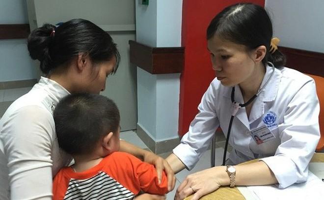 Phát hiện 55 bệnh RLCH nhờ giọt máu gót chân