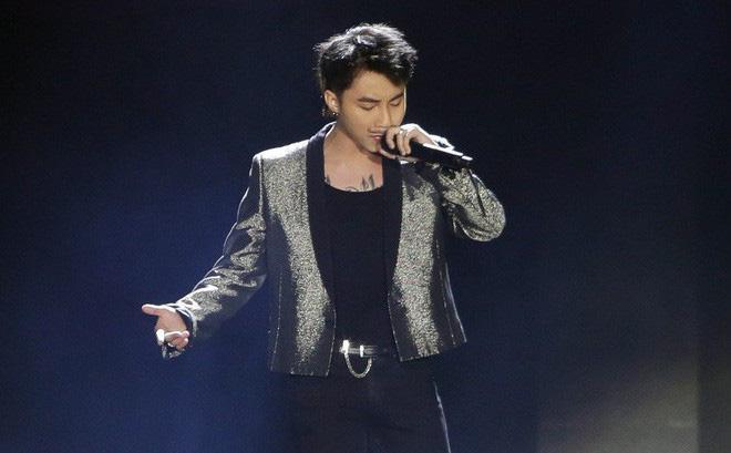 """Sơn Tùng M-TP thắng lớn, """"ẵm"""" trọn 3 giải thưởng tại WeChoice Awards 2017"""