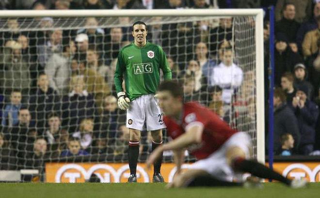 """Nghệ thuật Man United: Dùng thủ môn cả sự nghiệp chỉ bắt 1 trận vẫn làm Tottenham """"bó tay"""""""