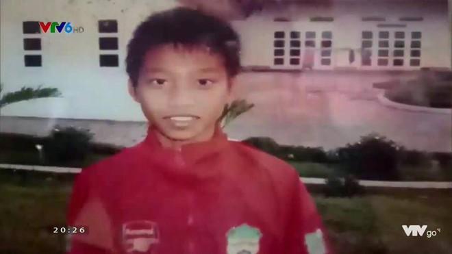 Hình ảnh hồi bé của cầu thủ U23 khiến HLV Park Hang-seo đau đầu trên sân khấu giao lưu - Ảnh 9.