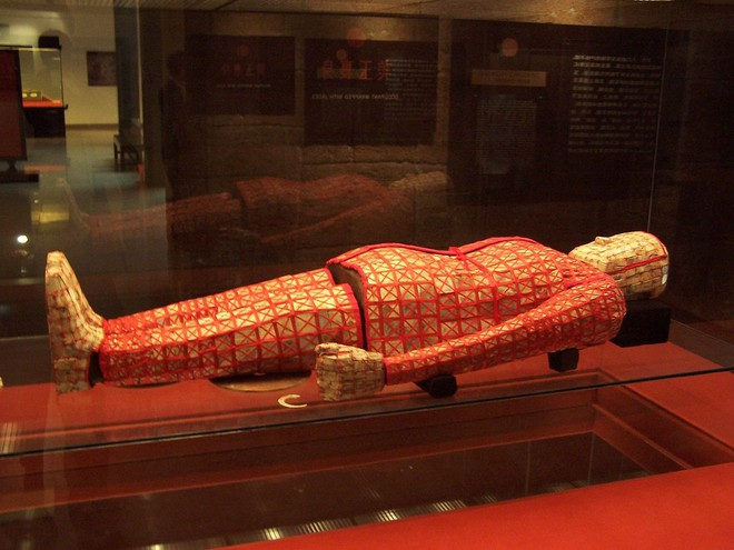 Bí mật về kho báu chứa thần khí bên trong lăng mộ Triệu Đà - Ảnh 3.