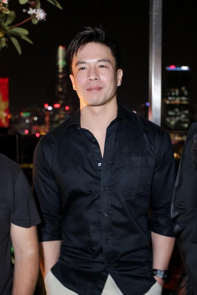 Trương Ngọc Ánh khoe vẻ nóng bỏng bên mỹ nam phim hành động châu Á - Ảnh 6.