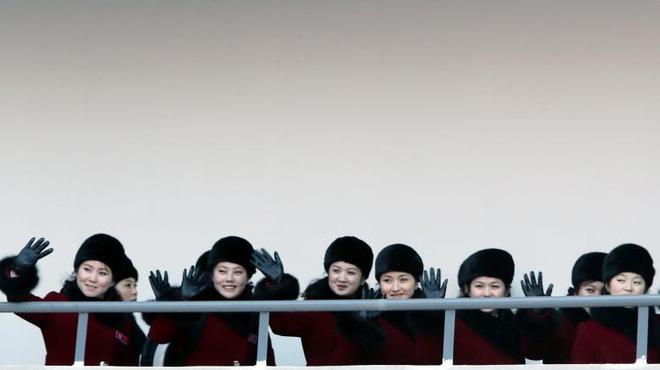Cận cảnh nhan sắc 229 mỹ nữ thuộc đội quân sắc đẹp Triều Tiên vừa đổ bộ Hàn Quốc - Ảnh 8.