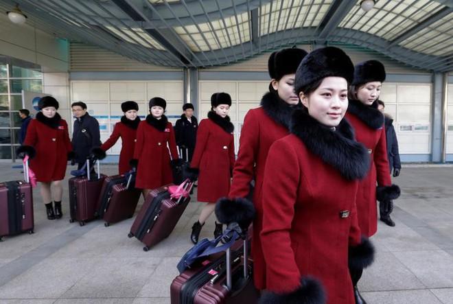 Cận cảnh nhan sắc 229 mỹ nữ thuộc đội quân sắc đẹp Triều Tiên vừa đổ bộ Hàn Quốc - Ảnh 12.