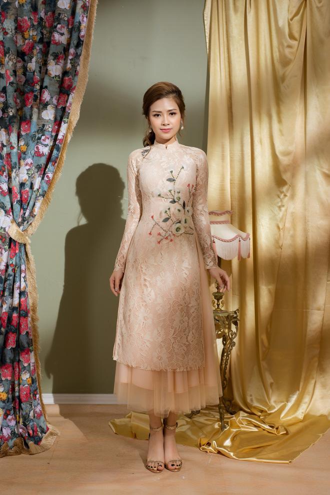 Vẻ đẹp nữ tính của Dương Hoàng Yến khi diện áo dài cách tân - Ảnh 8.