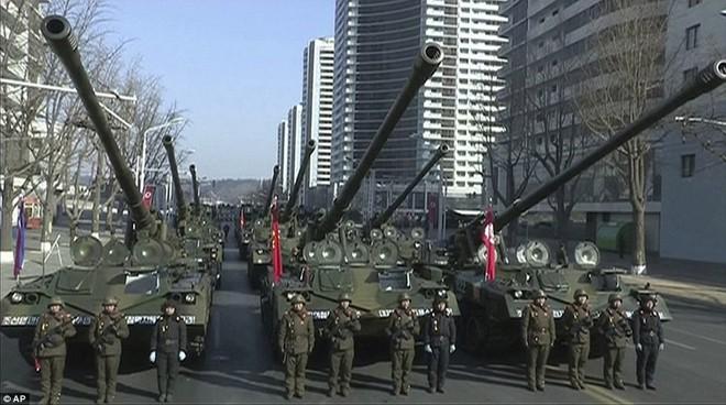 Vì sao lễ diễu binh năm nay của Triều Tiên quy mô nhỏ và 'thầm lặng' hơn? 6